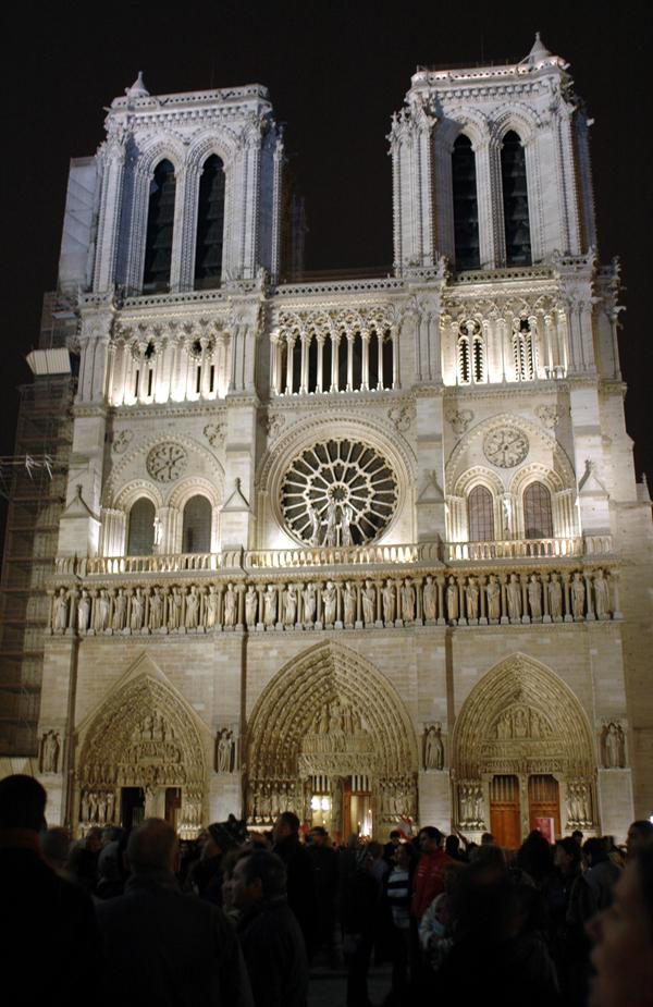 041101-Rassemblement-ND-Paris-022